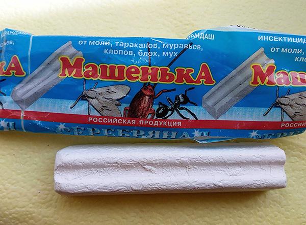 Masca de insecticid Masha, atunci când este utilizată în mod corespunzător, ajută de asemenea la combaterea bug-urilor în casă.