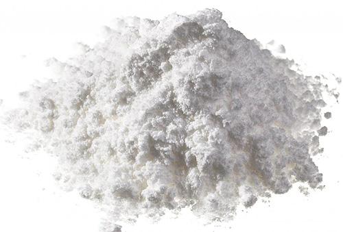 Insecticiden voor bedwantsen in de vorm van stof (poeder) hebben hun voor- en nadelen.
