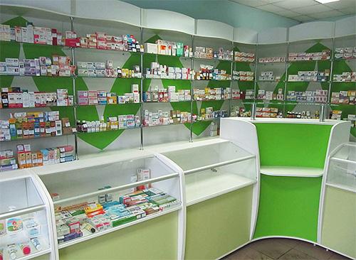 ความหลากหลายของการเยียวยาที่นำเสนอในวันนี้สำหรับเหาในร้านขายยาจะสับสนทุกคน