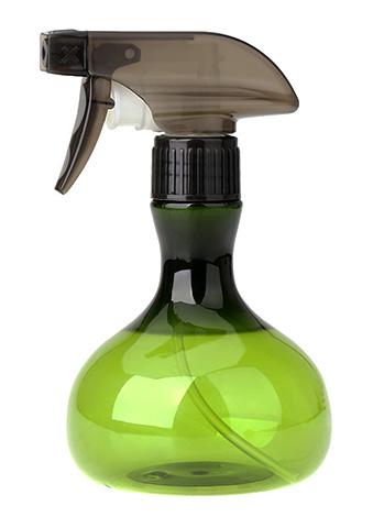 Xulsat 약을 물로 희석 한 후, 준비된 용액을 일반 가정용 스프레이 병에 부어야한다.