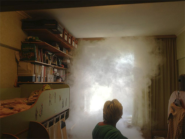 Insecticidal smoke from checkers fills all rooms of the apartment, destroying insects even in the most secluded places.