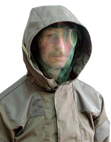 في كثير من الحالات ، يمكن أن يكون أفضل خيار للحماية من لدغات الحشرات المختلفة ملابس واقية خاصة.