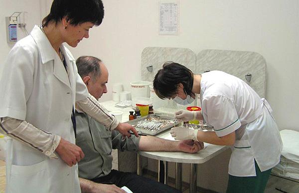 العلاج المناعي الخاص بالمستضد (ASIT) هو الطريقة الوحيدة لعلاج الحساسية لعث الغبار (وليس فقط لهم).