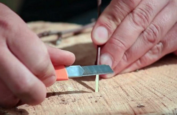 يمكن أن تكون مصنوعة من أعواد خشبية محلية الصنع.